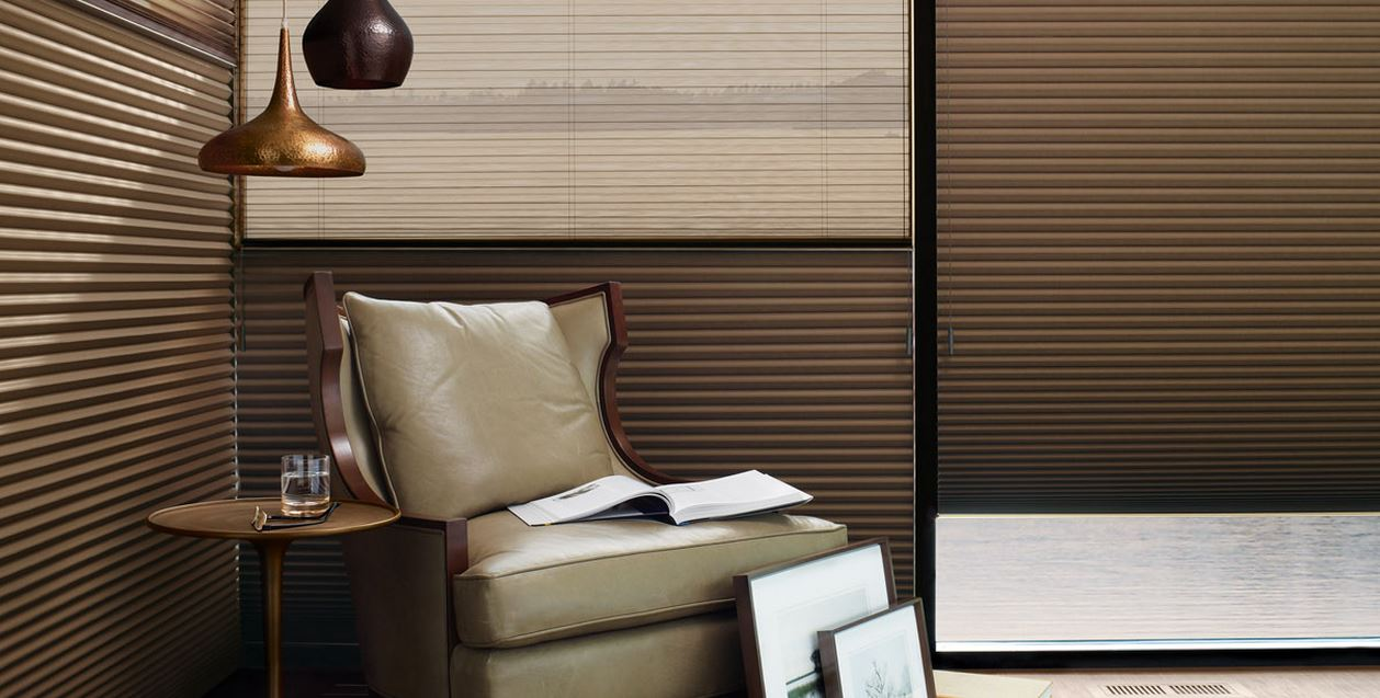 graphic-product- Hunter Douglas